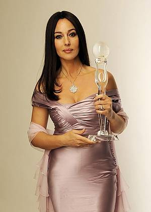 Monica Bellucci erhielt den Women's World Award